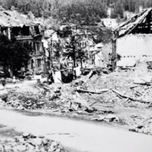 """""""Houffalize se souvient"""" . Route de Bastogne 1944"""