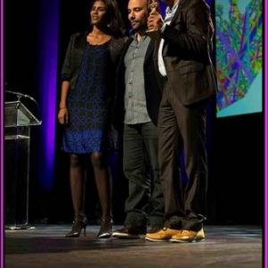 Nabil Ben Yadir entoure des acteurs de Timbuktu, Bayard d'Or du Meilleur film