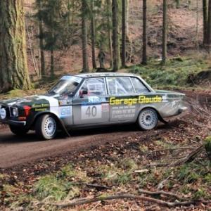 Sebastien GLAUDE et Jacques GERARD en Volvo 144S de 1967