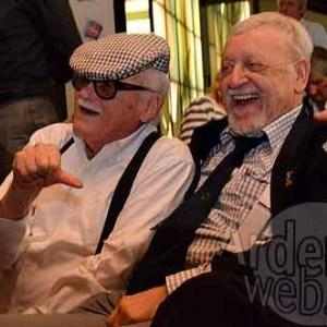 2011 Toots Thielemans avec son ami Toone photo J. M. Lesage