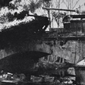 """""""Houffalize se souvient"""" . Pont route de Laroche 1944"""