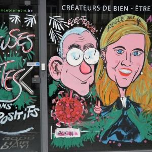 Les caricatures  de Vandenbroeke ministre de la santé et de Anne , la ministre de l'intérieur ex avocate d'anvers.ise Verlinden. à Malmedy