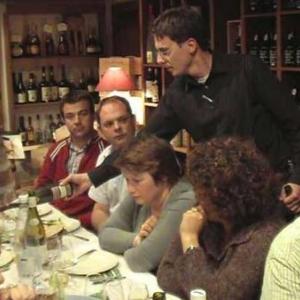 Assortir le fromage au meilleur vin avec la Cave du Roy-video07