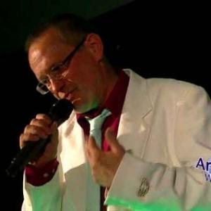 chanteur Jean-Lou, 40 ans en chanson