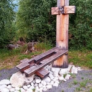 Station 9  : Le Seigneur Jésus tombe sous la croix pour la troisième fois, Tibor Tóth (SK) 2012 ( photo : F. Detry )