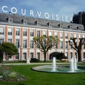 Jarnac, la ville des eaux de vie ( Courvoisier )