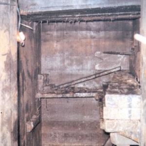 Un des 180 abris enterres de la Yorkshire Trench