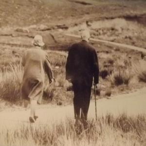 1969  Après sa démission, repos en Irlande