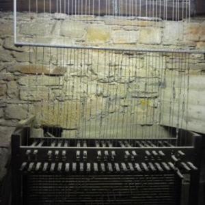Le carillon manuel et ses fils de fer