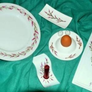 Mme Rosy Robert ( Les tabliers d'art et peinture sur porcelaine - 0475/961149 )