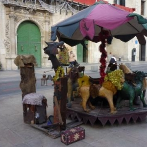 Alicante   Carrousel actionne par la force humaine