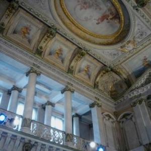 Le hall d'entree qui resterait a disposition de la Ville