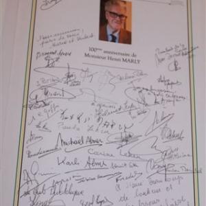 Reception communale : le Livre d'Or ( photo de Michael ALMER )