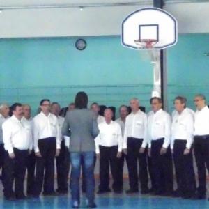 """Derniere prestation des """" Chantres d'Ain"""" lors de la reception a Martignat ( Photo de F. Detry )"""