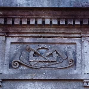 34) Sépultures de riches familles d'industriels ( Melen, Sirtaine, Hauzeur de Simony,…)   ( Photo F. Detry )