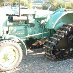 Tracteur tous terrains