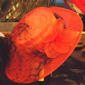 Maria GENTGES // +32 (0)475 / 626883 Creation de chapeaux
