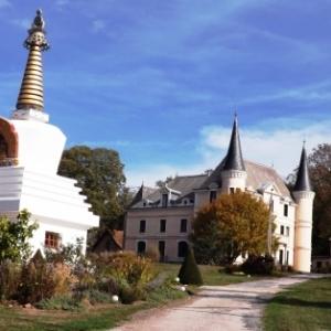 Le temple et le chateau de Plaige