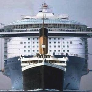 """Des bateaux """"grande capacite"""""""