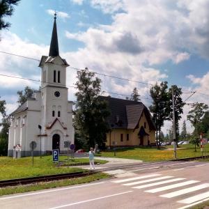 L'ancienne église  ( photo : F. Detry )