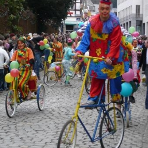 Les Clowns cyclistes ( Volley Club - Stavelot )