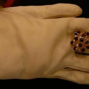 Veronique SIMON ( Bijoux - emballages artistiques ) 080. 33 89 30