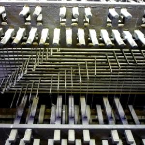 Le clavier et le pédalier du carillon  ( Photo F.Detry )