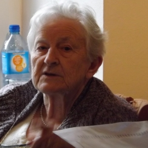 Mme Odette Fabry