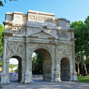 6. Orange - ( Vaucluse ) -  Arc-de-triomphe