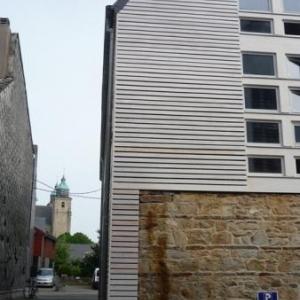 La facade arriere avec perspective vers la Cathedrale