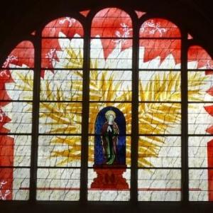 Vitrail de l'Eglise St Ayoul