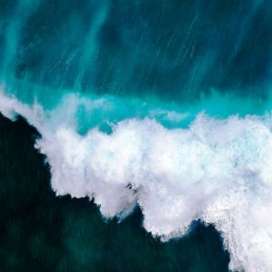 6 Surf, Injidup Beach, Western Australia © Sagi Roitfarb - Drone Awards 2020