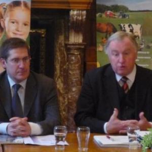 M. A. Denis, Bourgmestre de Malmedy et M. K.H. Lambertz, Ministre - President de la Communaute germanophone