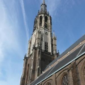 La cathedrale de Delft haute de 101 m dans laquelle les souverains hollandais sont inhumes
