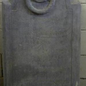 Croix sculptee par des tailleurs de Vielsalm