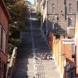 Liege : les escaliers de Bueren ( et ses 373 marches ) ( Feronstree )