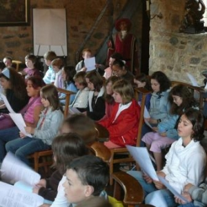 Initiation chorale dans la chapelle