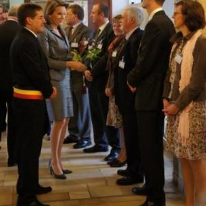 11. La Princesse est accueillie par les Autorites et membres du CPAS