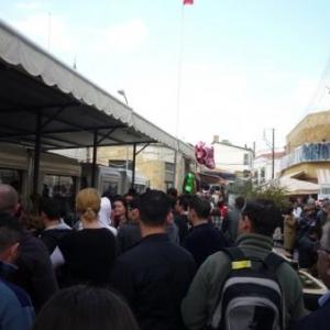 Le passage pietionnier de la rue Ledra ( cote grec )