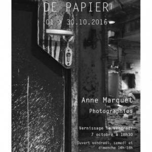 """"""" Un château de papier """", photographies de Anne Marquet."""