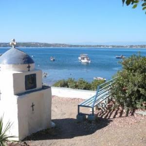 Chapelle en bordure du rivage