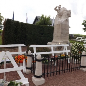 Le monument fleuri