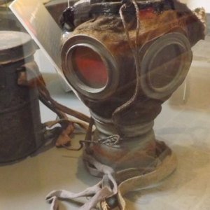 Les masques a gaz