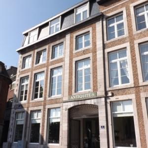 Liege : Palais du Gouvernement et de Prefecture sous le Regime francais ( Napoleon y a sejourne )