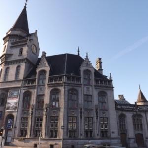 Liege : l'ancienne Grand Poste devenue salle d'expositions temporaires