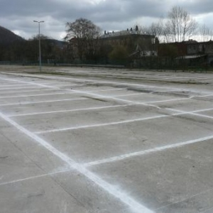 Le marquage recent du parking de Malmedy-Expo