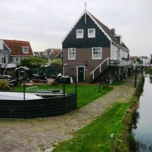 Merken : maisons typiques de la presqu' ile de Merken