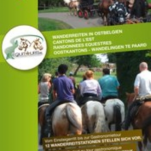 "Le depliant  ""Cantons de l'Est - Randonnees Equestres"""