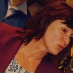 Reception : Mme Francine JACQUET, une des deux fondatrices de Couleur Cafe