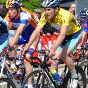 Tom David, le maillot jaune neo-zelandais de l equipe du pole continental wallon.